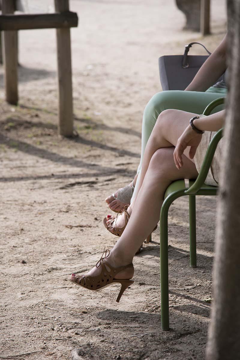 Engaged Legs - Paris - 8687